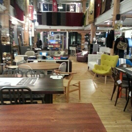 Design republic furniture home store in fashion district for Design republic