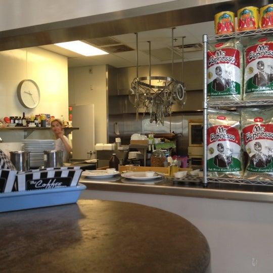 Das Foto wurde bei The Coffee Shop at Agritopia von Halo K. am 10/23/2012 aufgenommen