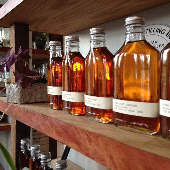 Foto scattata a Kings County Distillery da David T. il 11/24/2012