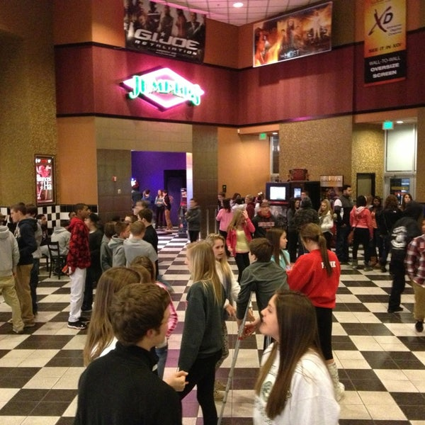 Cinemark Tinseltown Usa Amp Xd Movie Theater In East