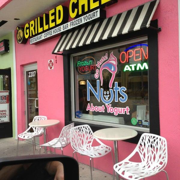 Foto tomada en New York Grilled Cheese Co. por Aaron M. el 7/20/2013