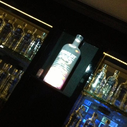 Photo prise au Absolut Inn par Cristiane B. le11/18/2012