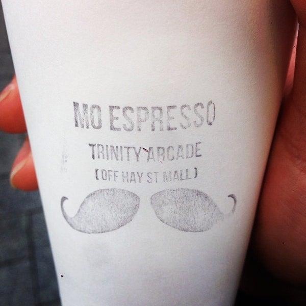 Foto diambil di Mo Espresso oleh Jeremy Kuan pada 8/11/2014