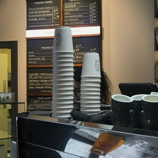 Foto tomada en Established Coffee por Chris M. el 2/18/2018