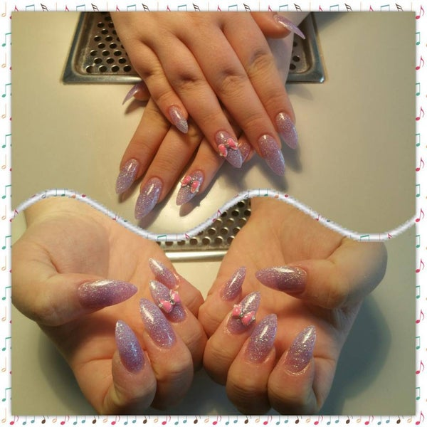 Photo taken at Hollywood Nails by HollywoodNails E. on 7/31/2015