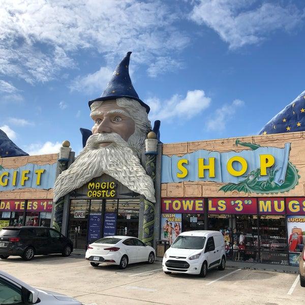 Magic Castle (Wizard) Gift Shop - 7646 W Irlo Bronson