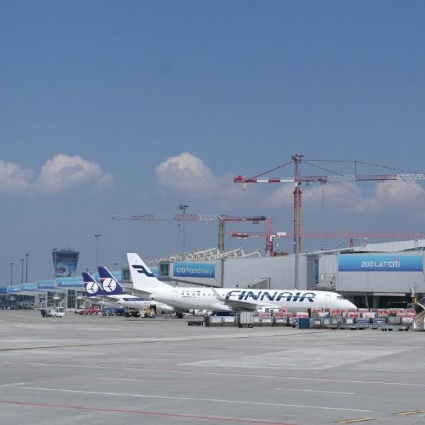 5/5/2013에 Alexander B.님이 바르샤바 쇼팽 공항 (WAW)에서 찍은 사진