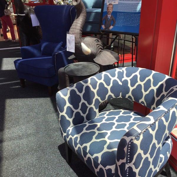 bob's discount furniture - paramus, nj