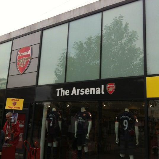 The Arsenal Store Sportzubehorladen In London