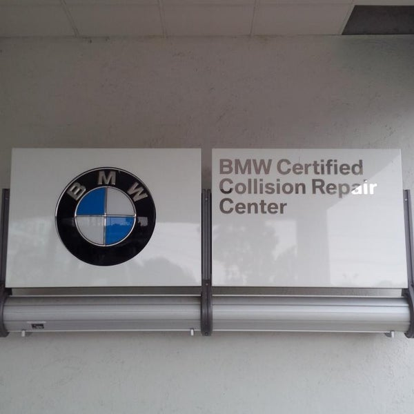 Jake Sweeney Bmw >> Photos At Jake Sweeney Bmw Certified Collusion Repair Center
