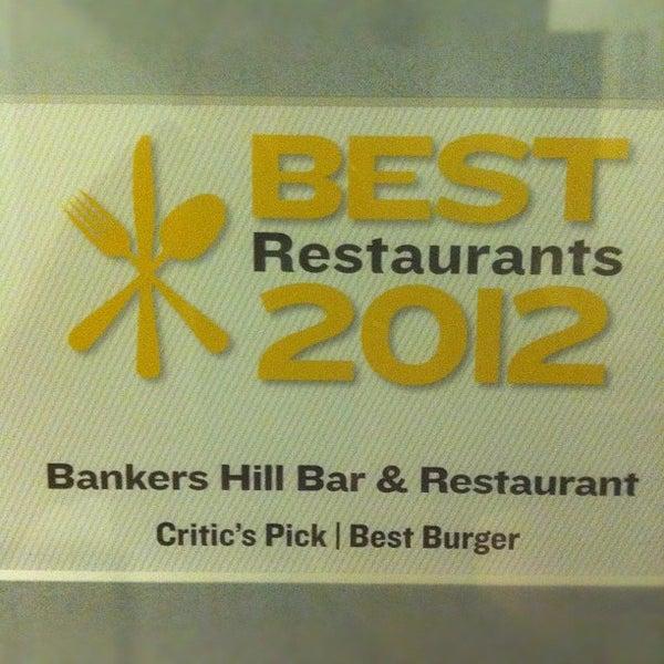 Foto tirada no(a) Bankers Hill Bar & Restaurant por Keaton O. em 11/6/2012