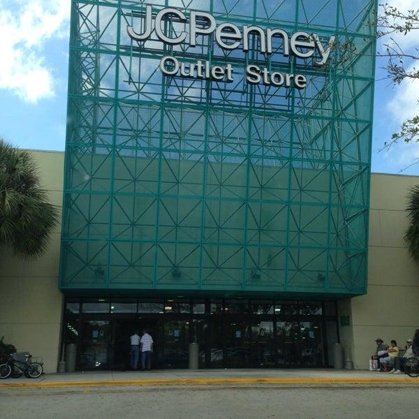 Penneys Dept Store: 12801 W Sunrise Blvd
