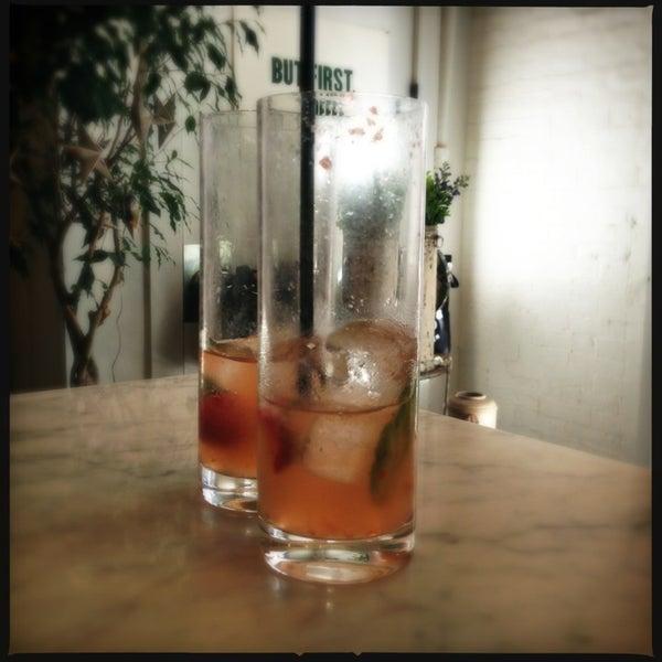 Photo prise au Haven's Kitchen par Find. Eat. Drink. le6/19/2013