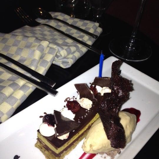 Foto scattata a R2L da Eat Drink & Be Philly o. il 2/5/2013