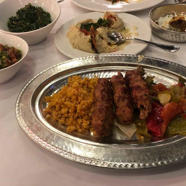 Photo prise au Seraf Restaurant par Aynura le12/11/2019