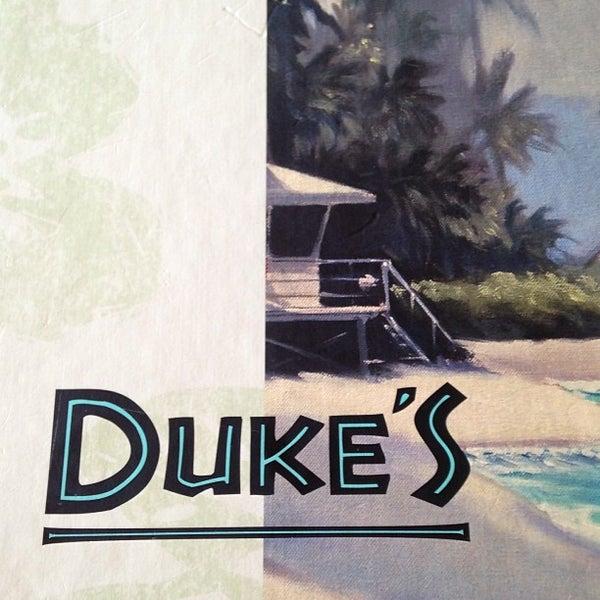 Das Foto wurde bei Duke's Malibu von Gill S. am 6/13/2013 aufgenommen
