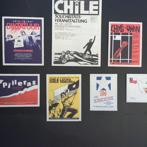 Foto diambil di Museo de la Memoria y los Derechos Humanos oleh Coni pada 10/11/2014