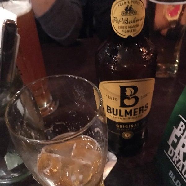 Das Foto wurde bei Fritzpatrick's Irish Pub von Waylice C. am 10/29/2017 aufgenommen
