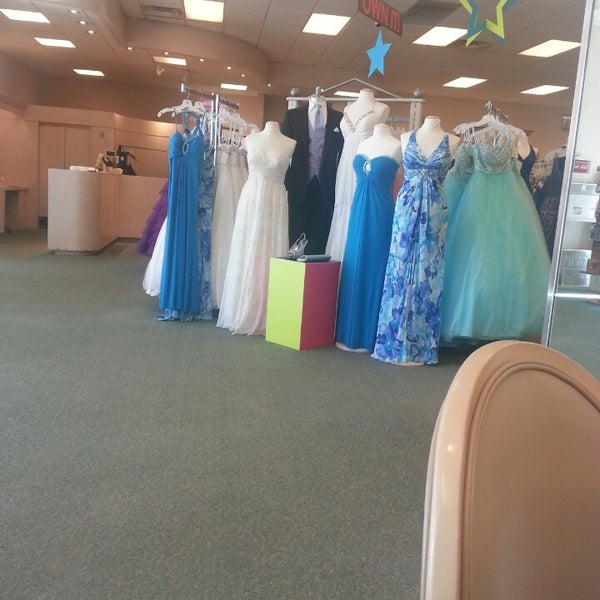 Photos At David S Bridal Bridal Shop In St Peters