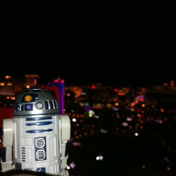 Photo prise au Moon Nightclub par Rey G. le8/21/2013