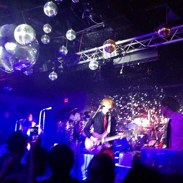 Photo prise au Mekka Nightclub par Rachel S. le10/24/2013