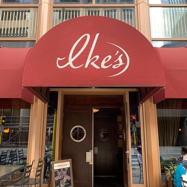 6/14/2019에 Wm B.님이 Ike's Food & Cocktails에서 찍은 사진