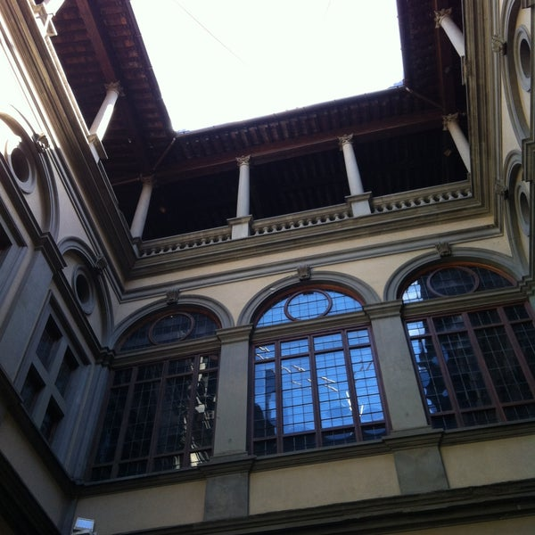 Photo prise au Palazzo Strozzi par Annalink le4/21/2013