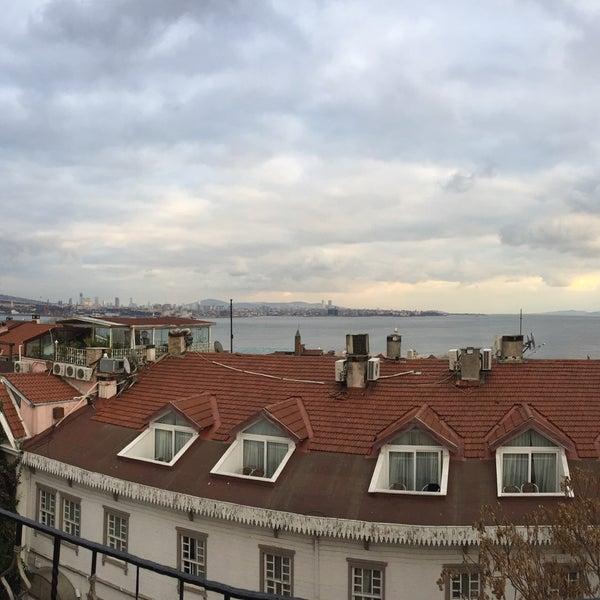 Снимок сделан в Angel's Home Hotel пользователем Evren Ç. 12/5/2017