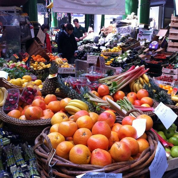 Foto tirada no(a) Borough Market por Miguel A. em 5/3/2013