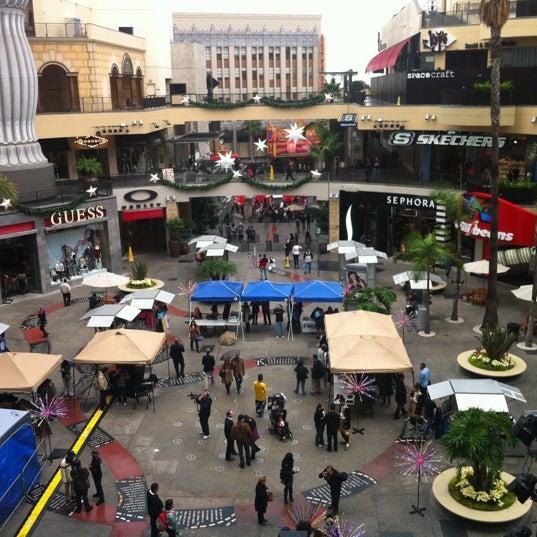 รูปภาพถ่ายที่ Hollywood & Highland Center โดย Alessandro B. เมื่อ 12/2/2012