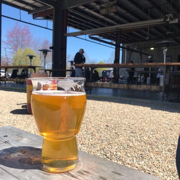 4/3/2021 tarihinde Jorgeziyaretçi tarafından Oskar Blues Brewery'de çekilen fotoğraf