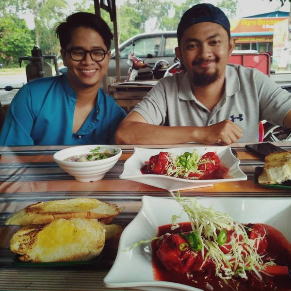 Photo Taken At Dapur Rita Tulang Merah Original By Duel I On 3