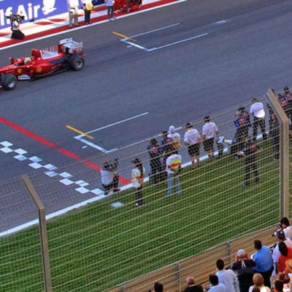 Foto scattata a Bahrain International Circuit da XoHaib W. il 4/20/2013