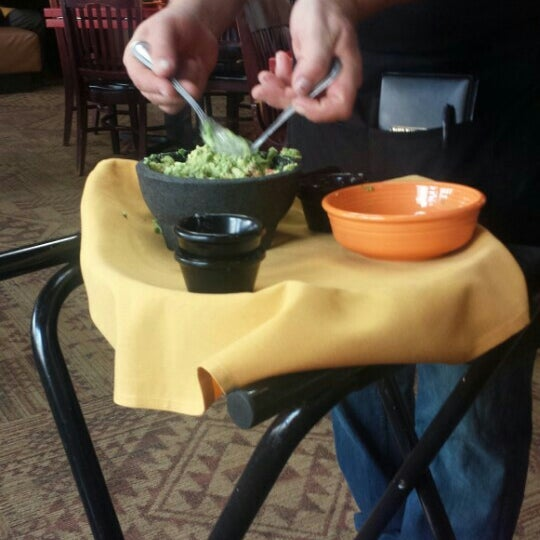 Foto scattata a Paco's Tacos & Tequila da Tracy T. il 2/21/2016