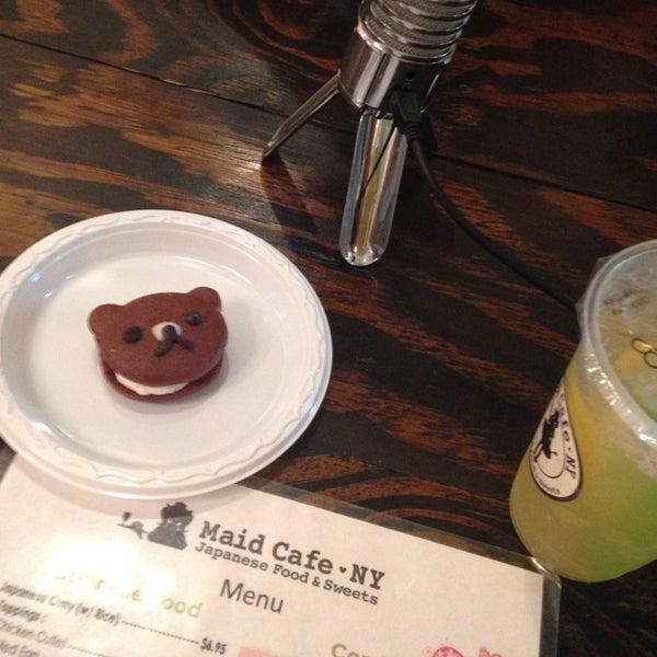 10/9/2014 tarihinde Mike T.ziyaretçi tarafından Maid Cafe NY'de çekilen fotoğraf