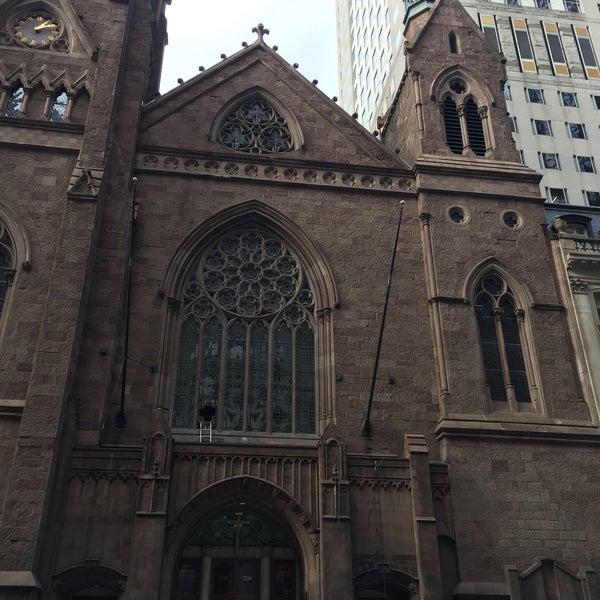 Foto diambil di Fifth Avenue Presbyterian Church oleh Leonid L. pada 1/19/2017