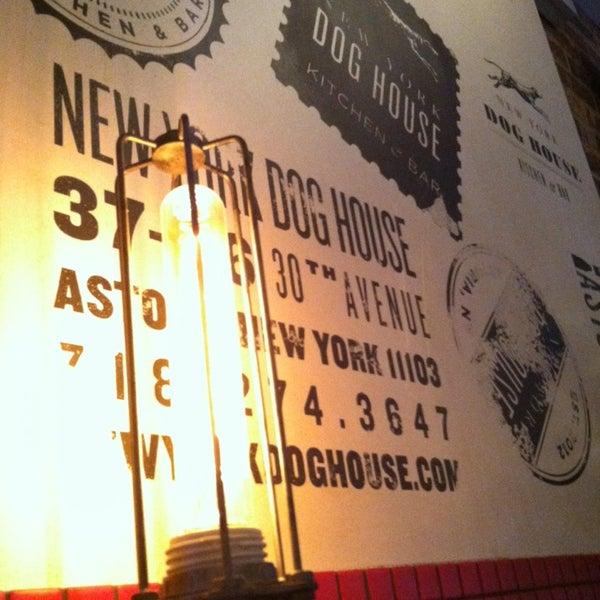 Foto diambil di New York Dog House oleh Amina F. pada 10/14/2013