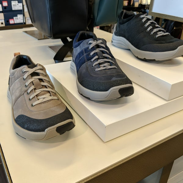 f57154e6b78bfb Clarks Outlet - Shoe Store
