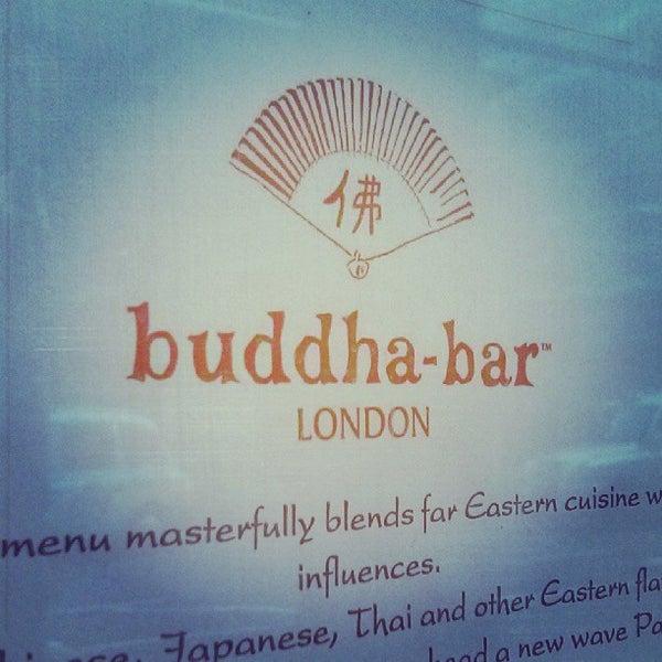 Снимок сделан в Buddha-Bar пользователем Laura K. 9/12/2013