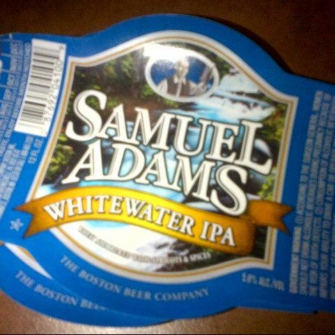 Photo prise au Samuel Adams Brewery par Amanda B. le10/20/2012