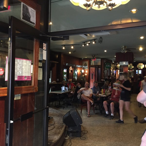 7/22/2019にOwen H.がThe Rex Hotel Jazz & Blues Barで撮った写真