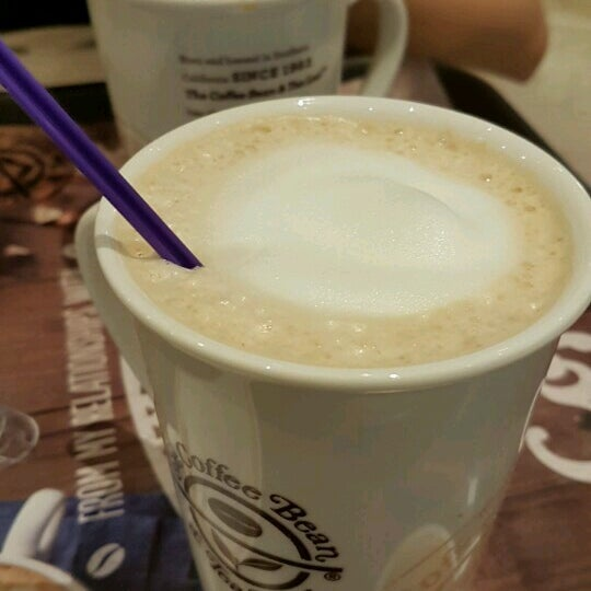 The Coffee Bean Tea Leaf Cafe In Punggol