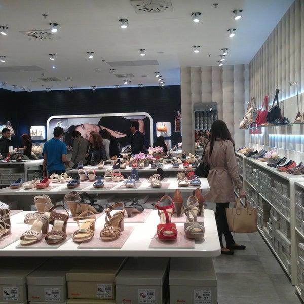 фото обуви бата в праге разработке дизайн-проекта сада