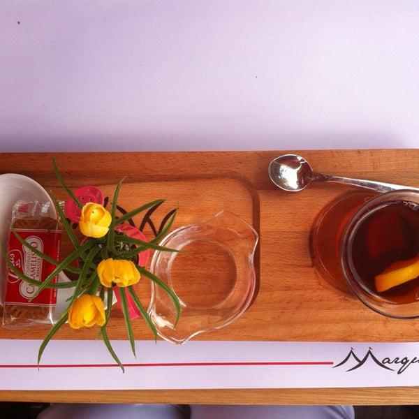 Lezzetin yanında sunumlar da süper.... Bir çay böyle mi güzel servis edilir...