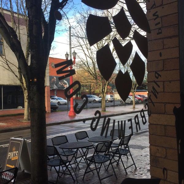 11/19/2016에 David G.님이 PINTS Urban Tap Room에서 찍은 사진