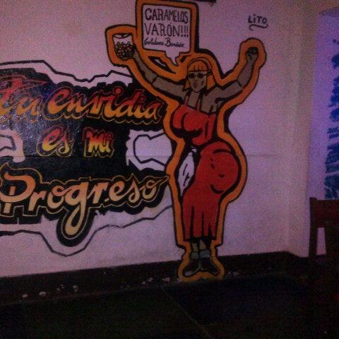 11/16/2013 tarihinde Nuria D.ziyaretçi tarafından Cholo Art and Fun'de çekilen fotoğraf