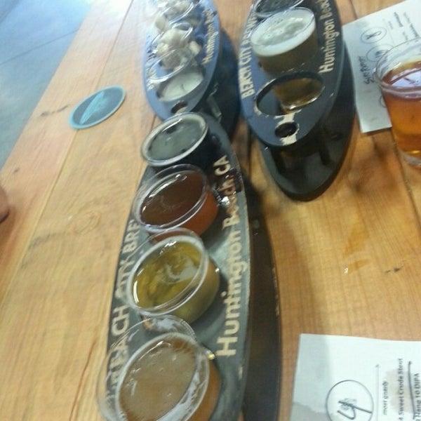 Foto tomada en Beach City Brewery por Carlos D. el 6/23/2014