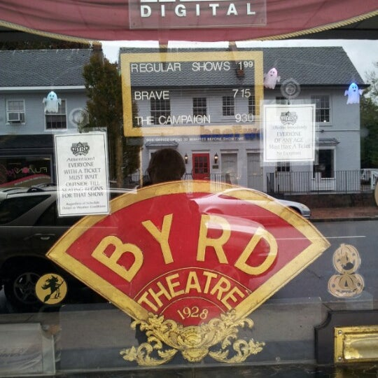 Photo prise au The Byrd Theatre par Aleksandr Z. le10/30/2012