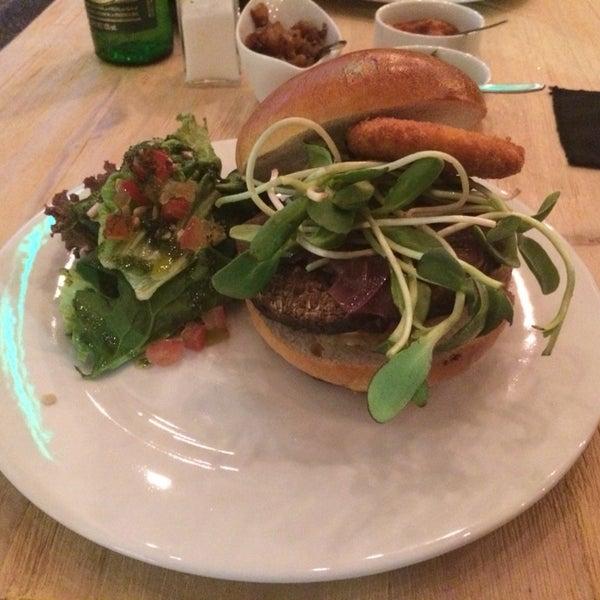 Diente de Oso - Un lugar de hamburguesas (Now Closed