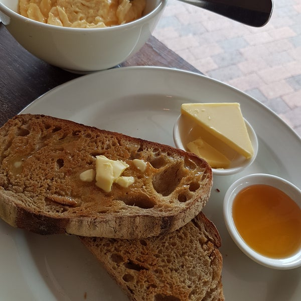Coffee  (Campos) was very good. I like simple breakfast, toast and eggs. The bread, baked locally was amazing.